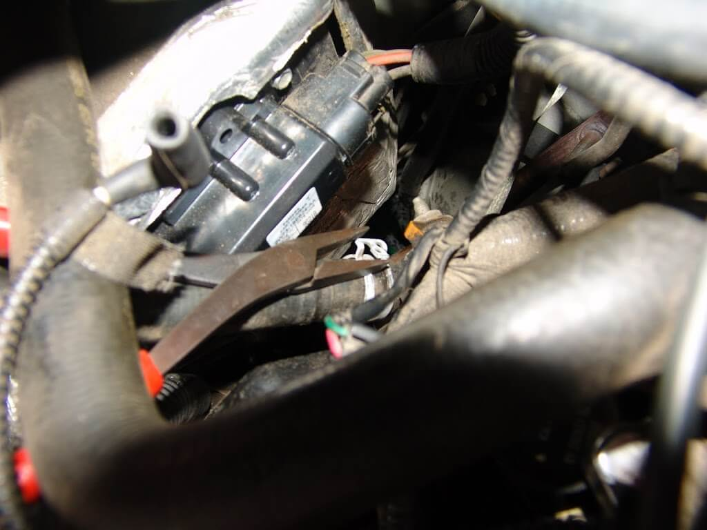 Service manual how to replace a 2009 mercury sable blower for 2009 ford escape blower motor replacement