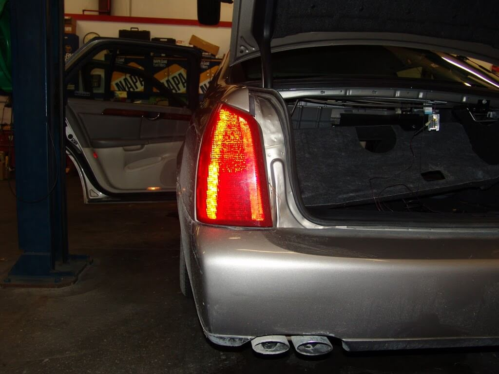 Fuse Amp Controls The License Plate Light On The 2001 Cadillac Deville