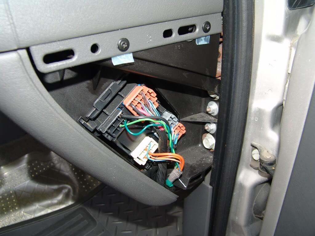2004 Chevrolet Silverado Changing The Passenger Side