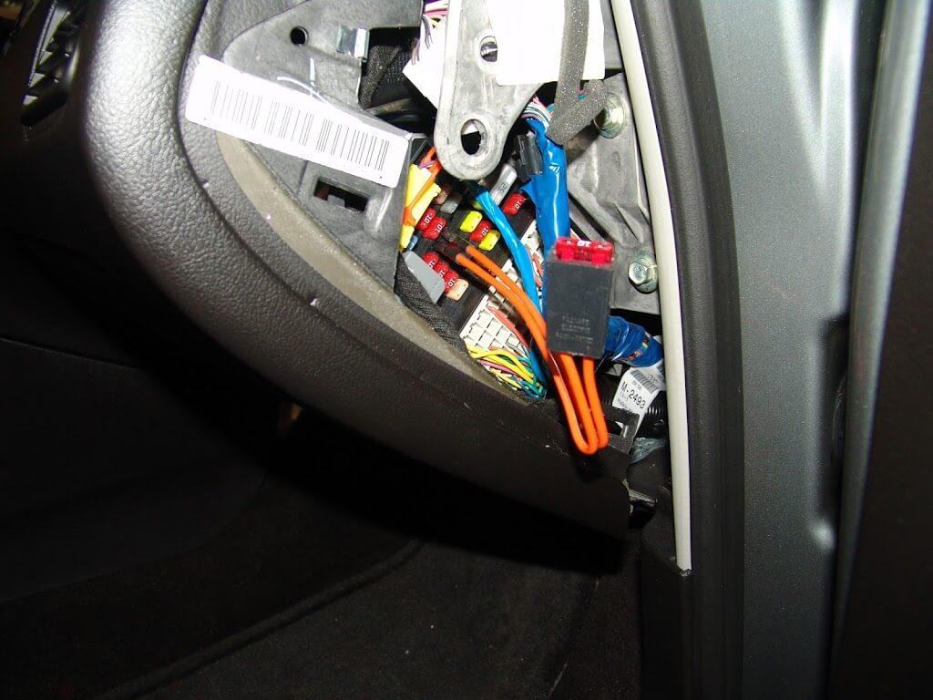 2009 Buick Lacrosse Interior Light Fuse Blows
