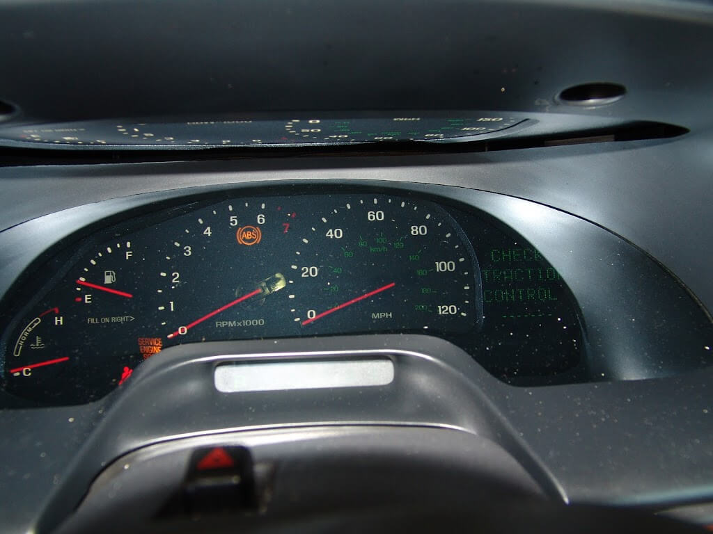 2001 lincoln continental speedometer and tach inop. Black Bedroom Furniture Sets. Home Design Ideas